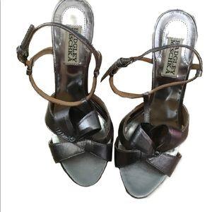 Badgley Mischka silver scrappy heels size 6.5
